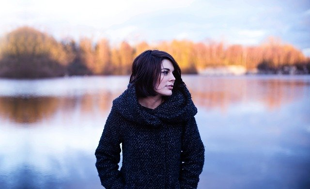 Dámske kabáty – čo bude v móde túto zimu?