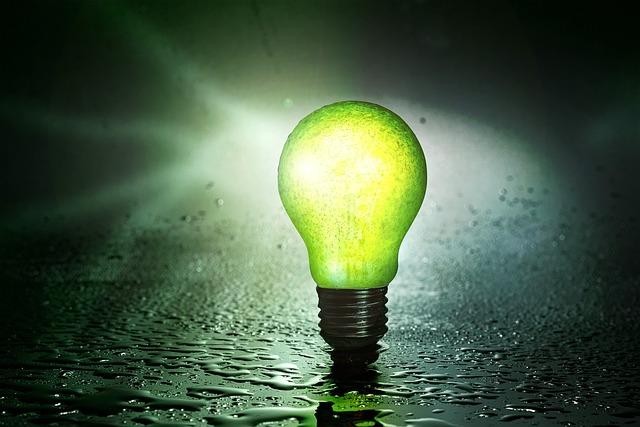 Žiarovka svietiaca v zelenej neónovej farbe so závitom typu E27